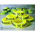 Gelang karet emboss timbul (geological engineering)