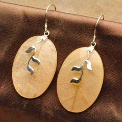 NATURAL YELLOW SHELL IN RESIN 100% SOLID 925 STERLING SILVER EARRINGS