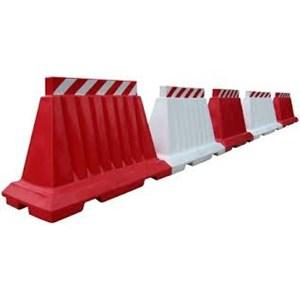 Supplier & distributor road barrier