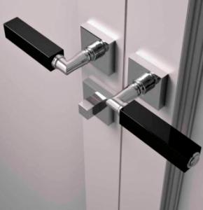 Pegangan Pintu & Jendela