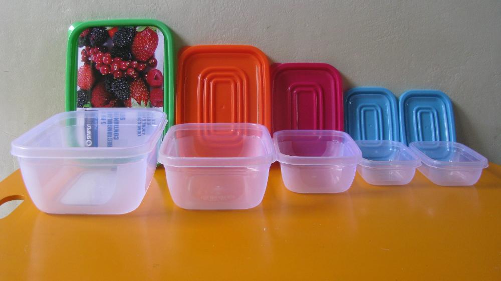 Tempat Makan Plastik