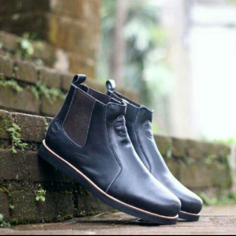 Boots Pria