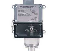 Series 1000W Weatherproof Diaphragm Operated Pressure Switch Visible Setpoint, Fixed Deadband, Pressure Ranges to 1400 psi