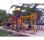 OUTDOOR PLAYGROUND 8x6 Cireundeu
