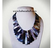 Black Mother Of Pearl Necklace / Kalung Kerang Mutiara Hitam