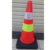 Traffic Cone Base Hitam 70 Cm 911