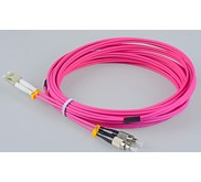 PATCH CORD FO FC-LC MM OM4 50UM