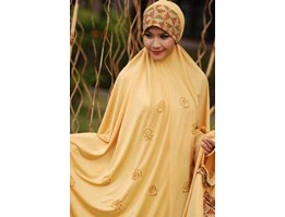 Mukenah Dannis Collections