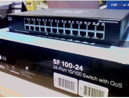CISCO SWITCH HUB 24 Port SF 100D-24