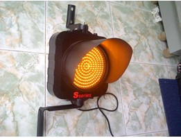 LAMPU LALU LINTAS ( WARNING Traffic LIGHT) single aspect / satu mata