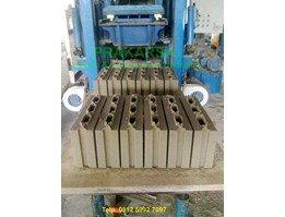 Jual Batako Press ( hidrolik)