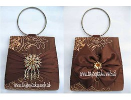 TAS PESTA - Clutch Bag Kode K6 Tile BUnga Timbul Bross dan Pita ( Ready Stock)