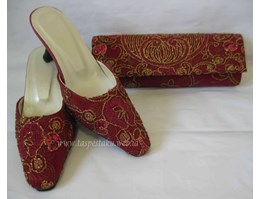 Satu Set Slop & clutch bag - Tas Pesta Tile Bunga Timbul Maroon
