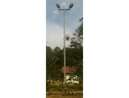 Tiang Lampu Sorot ( Flood Light Pole)