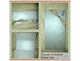 Royale Invitation  Silver Lily