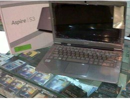Notebook Acer Aspire S3/ Core i3 Windows 8.. Rp. 4.900.000, -