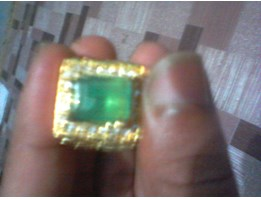 NATURAL EMERALD / ZAMRUD BIG
