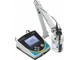 Deluxe Bench pH/ MV/ ION/ ORP/ Conductivity/ TDS/ Resistivity/ Temperature Meter Cyberscan PC2700 EUTECH