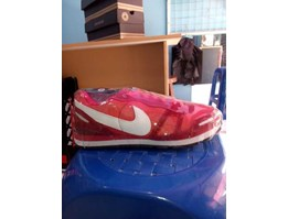 nike waffle trainer red