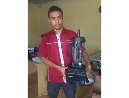 Vitamix Blender TNC5200