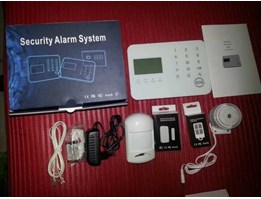 Paket Alarm P02, 4 Channel Kabel Dan 99 Channel Wireless, PSTN + GSM