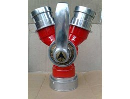 Breezing Cabang Dua Coupling, Fire Hydrant Ozeki, zeki. Hydrant Box, Machino Coupling, Branch Pipe and Nozzle, Spray Nozzle, Siamese Connection, Hydrant Valve, Hose Rack, Hydrant Pillar, Fire Hose, Jet Star Fire Hose, Ozeki Fire Hose, Cotton Yarn, Polye