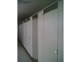 Partisi Toilet Phenolic