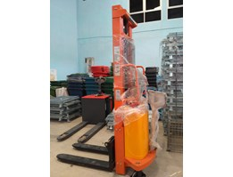 Jual SEMI ELECTRIC STACKER