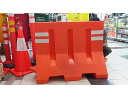 Jual Road Barrier Pembatas Jalan Traffic