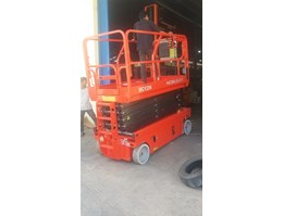 Secissor Lift/Man Lift/TANGGA ELECTRIC/TANGGA HYDROLIC HD