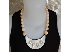Necklace Art Pearl mabe With bead Shell / Kalung Kerang Mabe