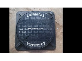 Manhole Cover Cast Iron (Diameter 600 Engsel Medium Duty)