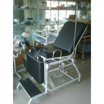 Obgyn Bed/gynaecological bed