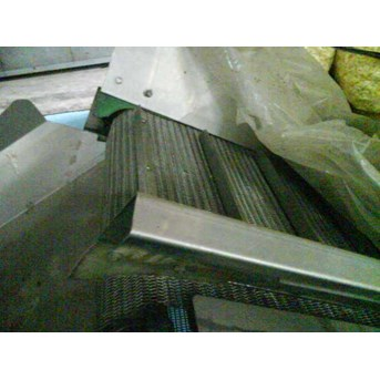 DISTRIBUTOR, SUPPLIER, FABRIKASI, SERVICE, DESIGN WIRE MESH CONVEYOR