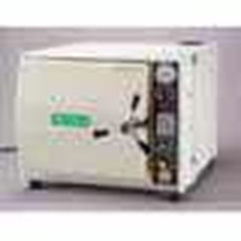 Autoclave with drier