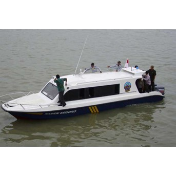 SPEED BOAT 10 PENUMPANG ( SERI FBI-1026-PA)