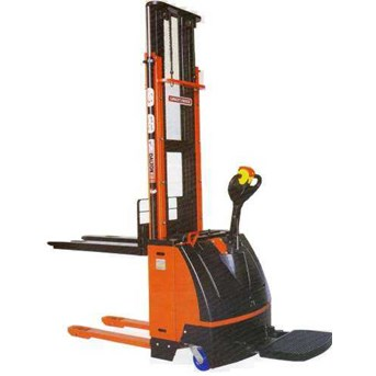 STACKER FULL ELECTRIC