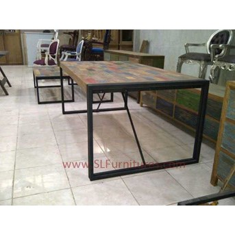 JUAL FURNITURE ANTIK JEPARA: Meja Makan Kayu Jati Bekas Model Patchwork dengan Frame Besi ( Recycled Teak Dining Table Patchwork Style with Iron Frame Support)