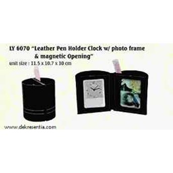 LEATHER PEN HOLDER CLOCK W/ PHOTO FRAME & MAGNETIC OPENING FOR CORPORATE GIFT