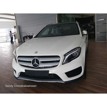 Harga Promo Mercedes Benz GLA200 AMG NIK 2017 Ready Stock Best Price