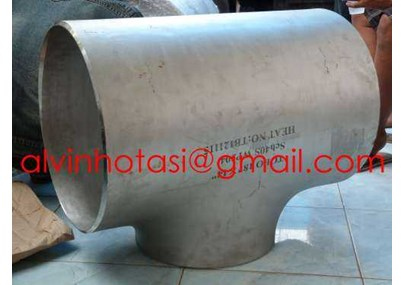 REDUCER TEE STAINLESS STEEL