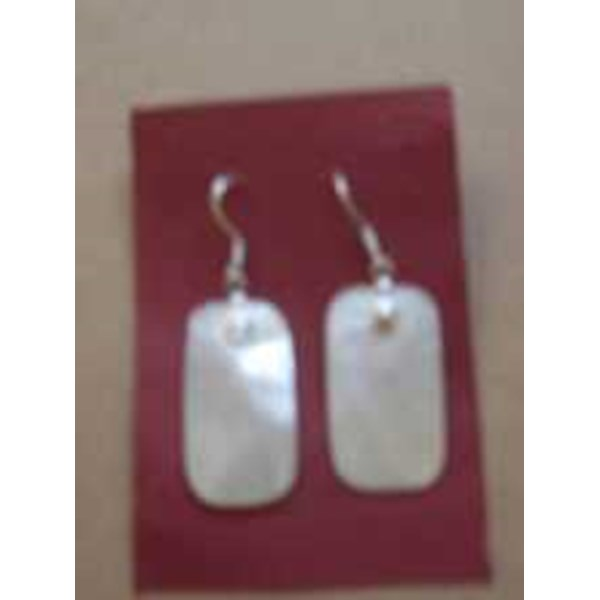 earing mother of pearl