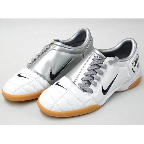 25203de4c34c Nike Total 90 Futsal Shoes (Original) oleh SHOESLAND (Online Shop ...