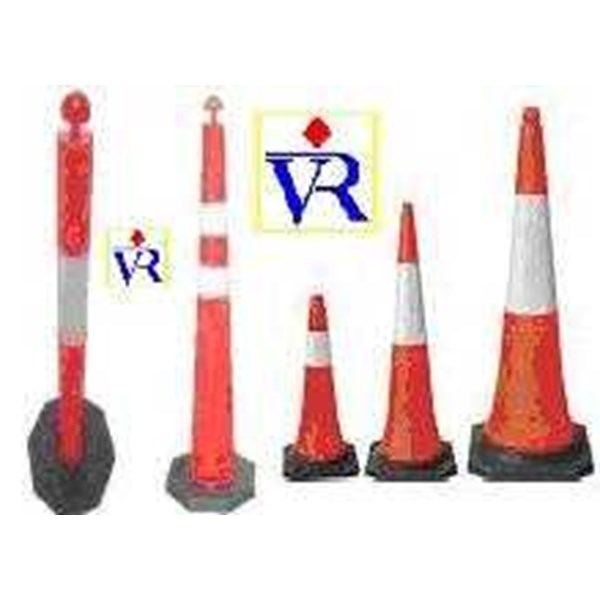 traffic cone, kerucut jalan, flexible pvc traffic cone, cone connectors, cones retractable, cone traffic work, road barrier, stick cone, soft pvc material