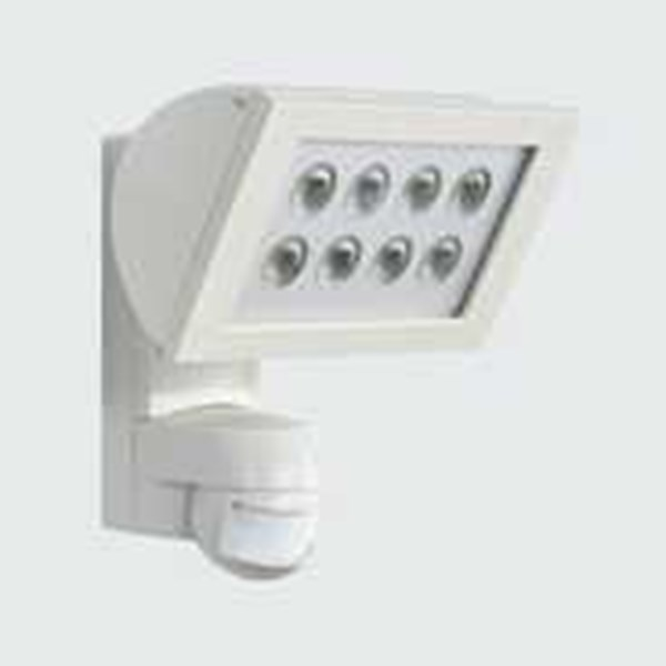 esylux flood light automatic