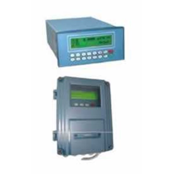 ultrasonic flowmeter with remote display