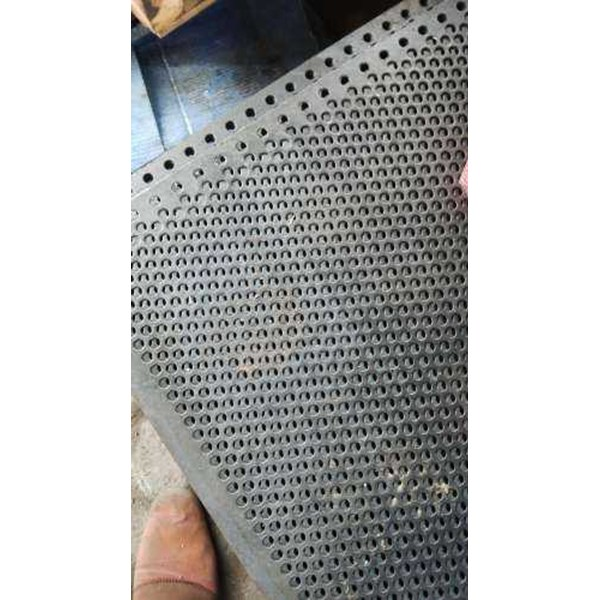 plat lubang / perforated plate berbahan besi, stainless steel-3