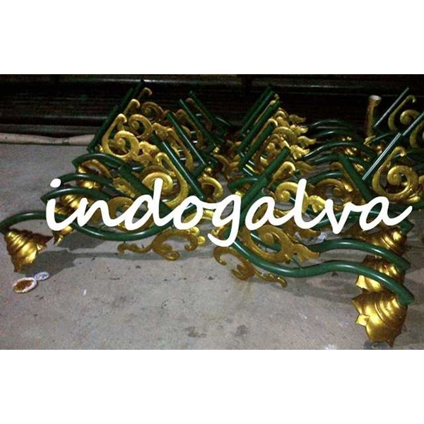 ornament antik tiang pju-3