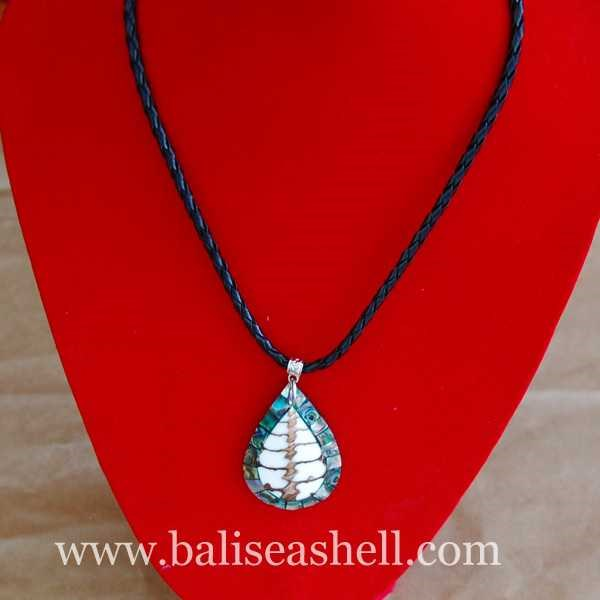 seashell pendants made from shell paua / kalung kerang liontin oval paua-3