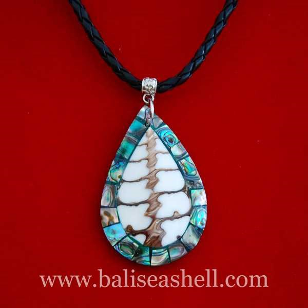 seashell pendants made from shell paua / kalung kerang liontin oval paua-1